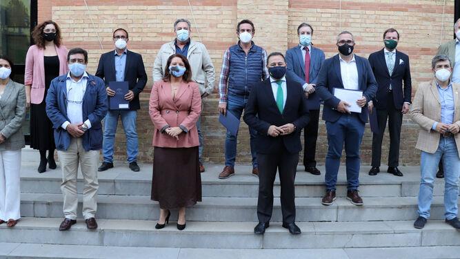 Cinco municipios y el sector arrocero, se adhieren al nuevo protocolo para la quema del pasto